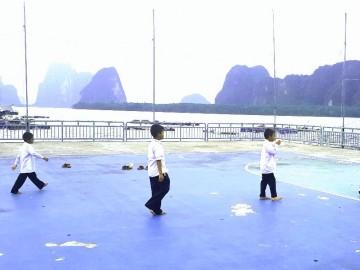 ค่ายอาสา พัฒนาชุมชน โรงเรียนกลางน้ำ เกาะปันหยี