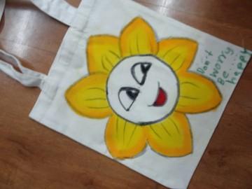 อาสาลงลายกระเป๋าผ้า เพื่องานพัฒนาเด็ก 17 กพ.  Volunteer to Paint Bag to Raise Fund for Child Development