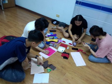อาสาสมัครหมอนหนุนอุ่นรัก12 ส.ค. 61 Volunteer to Produce pillow for Disadvantaged Preschoolers in Thailand Aug 12, 18